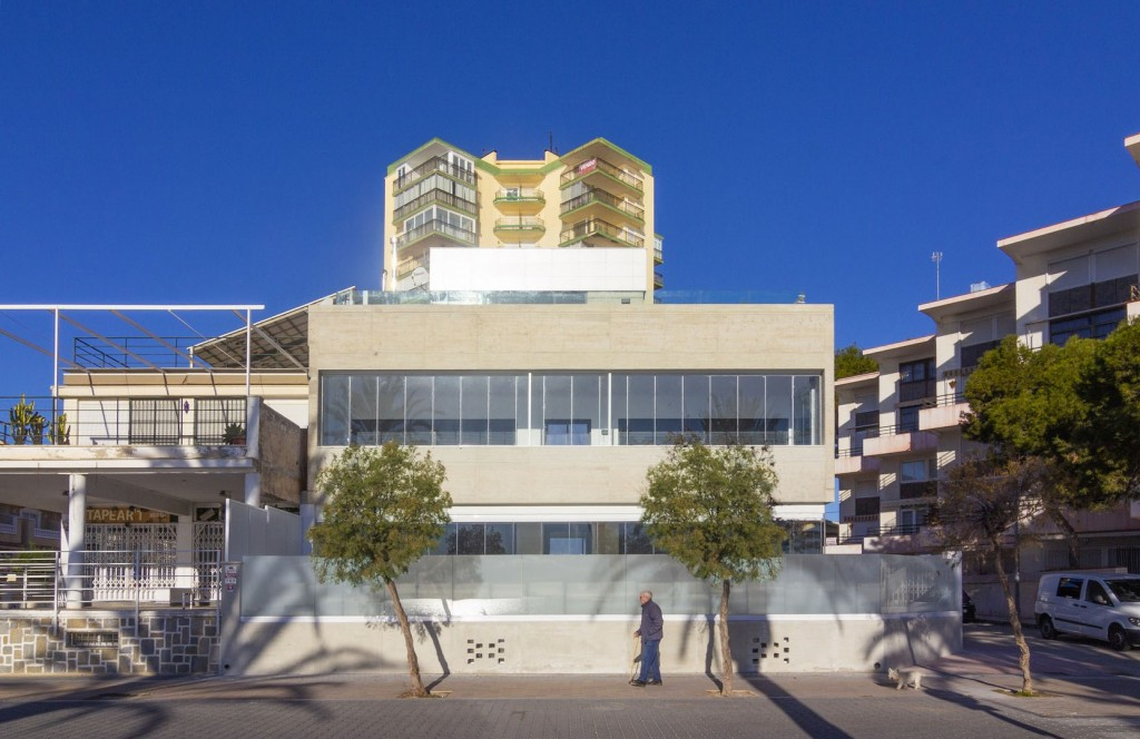 SEAFRONT HOUSE Image